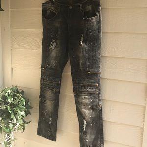 Black Minor Acid Wash Ubuntu Jeans